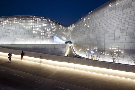 Dongdaemun Design Plaza   © Nestor Lacle/Flickr