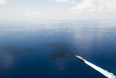 US Ship on South China Sea | © Naval Surface Warriors / Flickr
