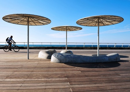 Tel Aviv beach boardwalk | Ⓒ Rafael Ben-Ari/Chameleons Eye /Flickr