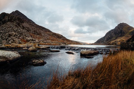 Lake Ogwen © William Hook/ Flickr