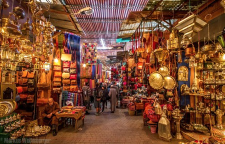 "<a href=""https://www.flickr.com/photos/nouamanb/34957182345/"" target=""_blank"">Wide array of goods in a Marrakech souk 