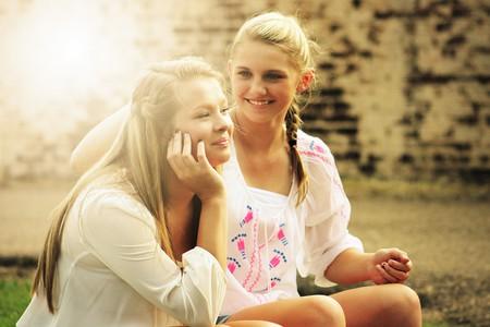 Smiling Girls |©Unknown/maxpixel