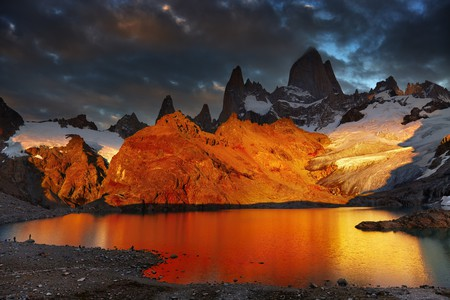 Sunrise at Fitz Roy | © Dmitry Pichugin/Shutterstock