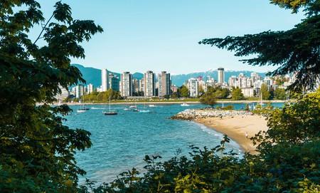 Exploring Vancouver | © Hayley Simpson