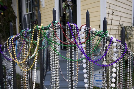Mardi Gras beads, New Orleans | © Derek Bridges / WikiCommons