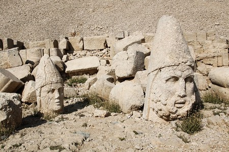 Mount Nemrut  | © Klearchos Kapoutsis/Wikimedia Commons