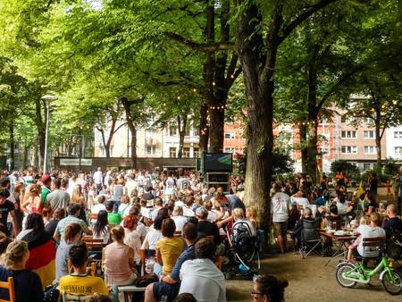 Beer garden at Rathenauplatz in Cologne | ©  Robert Brands/Flickr