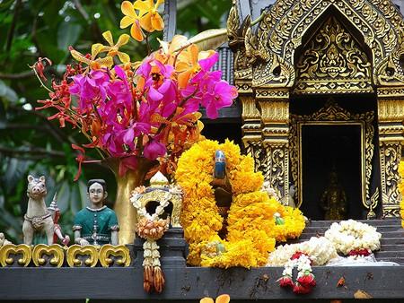 Spirit House at U.S. Embassy, Bangkok   © l.hillesheim / Flickr