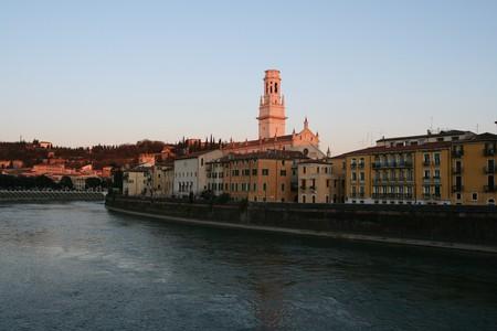 Riverside Verona   br1dotcom/Flickr