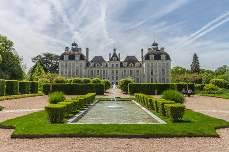 The perfectly symmetrical Château de Cheverny I © Benh LIEU SONG/Flickr