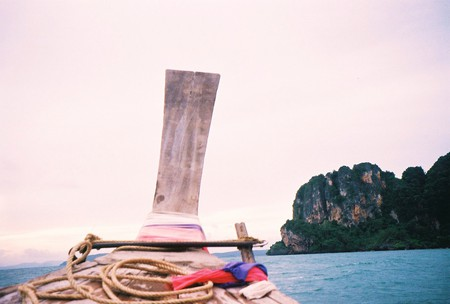 Krabi by boat | © Sean Pritchard / Flickr
