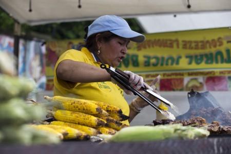 Grilled Corn, Ecuador | ©Vetatur Fumare /Flickr