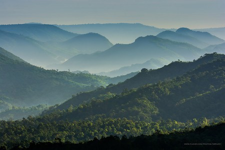 Thai mountains | © Nik Cyclist/Flickr