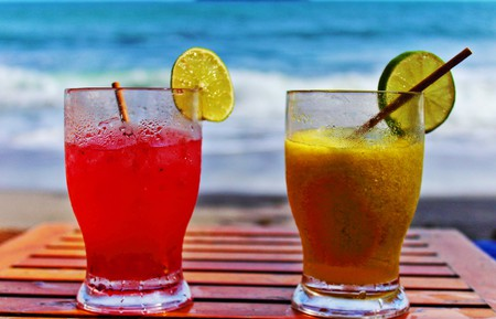 There are some great cocktails kickstarting parties in the French Riviera | © brettr13/Flickr
