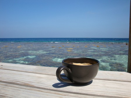 Coffee by the sea | © topfivemum/ pixaby