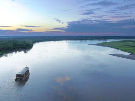 Amazon river cruise in Peru   © Courtesy of Rainforest Cruises