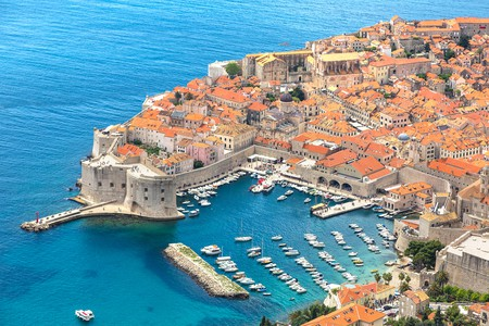 Aerial view of old city Dubrovnik in a beautiful summer day, Croatia | © S-F / Shutterstock