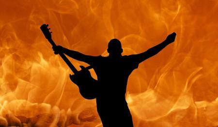 Guitarist   © HyphoArt/Pixabay