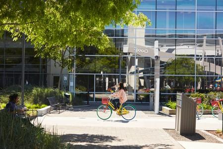 Google HQ   © Google