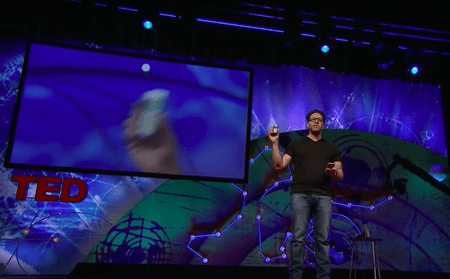Toby Shapshak: You don't need an app for that | © TED Talks