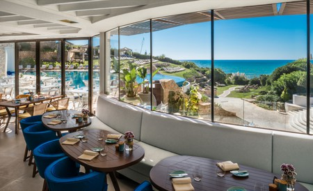 Ocean Restaurante belongs to the beautiful Vila Vita Parc Resort | © Photo courtesy of Vila Vita Parc