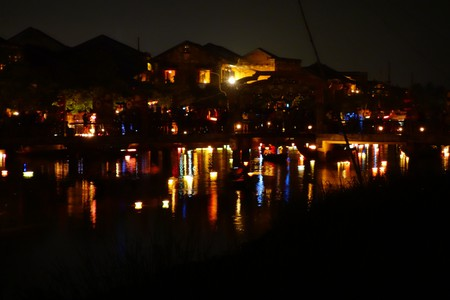 Along the river in Hoi An | © Ryan Milani/Flickr