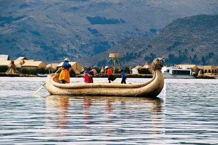 Uros people of Lake Titicaca | © Jo Ann Deasy/Flickr