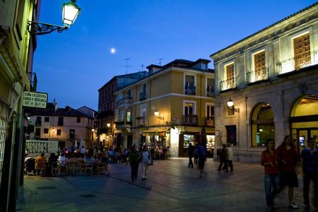 Barrio Humedo, Leon, Spain | ©Arturo Castro / Flickr