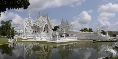 White Temple   ©Edgardo W. Olivera/Flickr