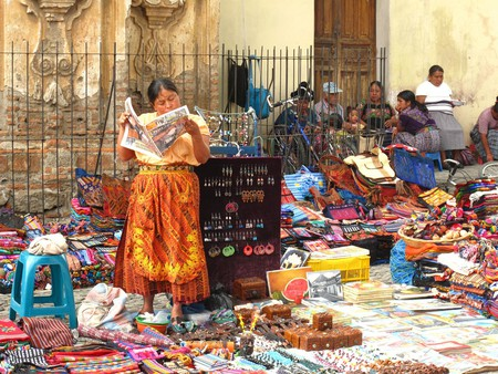 Antigua Guatemala market | © hellostanley / Flickr