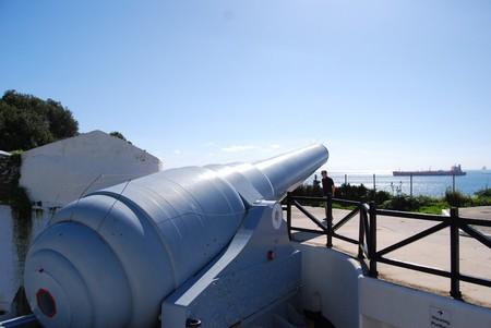 Gibraltar's 100-ton gun; Rob/flickr