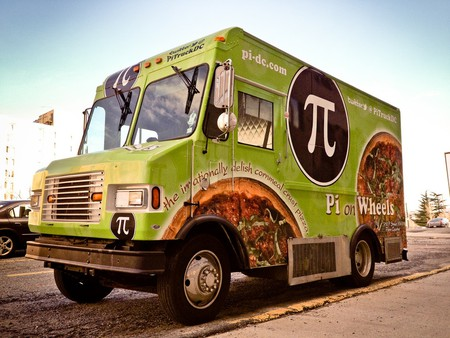 """<a href=""""https://www.flickr.com/photos/ep_jhu/6801151221/"""" target=""""_blank"""" rel=""""noopener"""">Pi on Wheels, one of DC's many food trucks  © ep_jhu / Flickr</a>"""