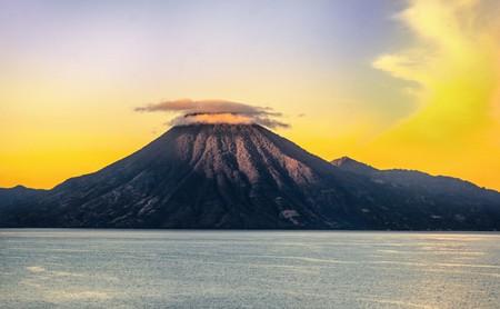 Lake Atitlan | © Tucker Sherman / Flickr