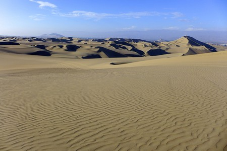 The sand dunes of Huacachina | © Madeleine Deaton / Flickr