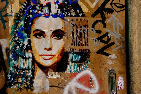 Barcelona graffiti showing a popular depiction of Cleopatra   © Wikimedia Commons