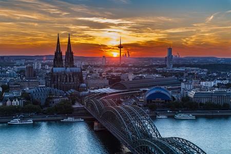 Cologne sunset   © GerdRohsDesign/Pixabay