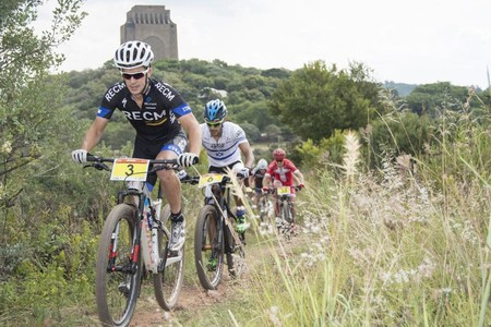 Cycling in the Voortrekker Monument Nature Reserve | © Andrew McFadden