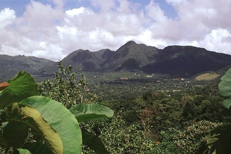 El Valle de Antón, Panamá | © Lee Siebert / WikiCommons