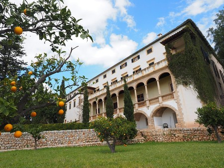 The Raixa Country Estate