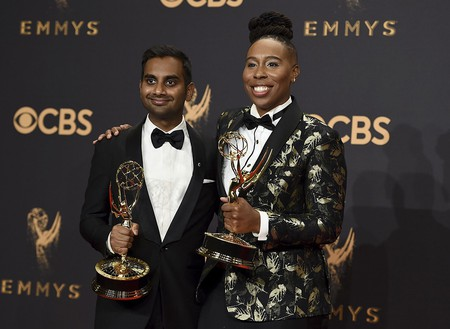 Aziz Ansari & Lena Waithe, winners at the Emmys | © Invision/AP/REX/Shutterstock