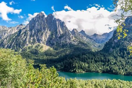 Catalonia's Aiguestortes National Park I © CRISTIAN IONUT ZAHARIA / Shutterstock