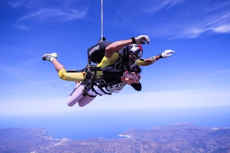 Skydiving | © nastace5 / pixabay