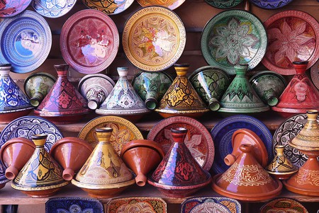 Tagines in a pottery shop | © Jafri Ali