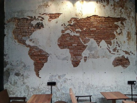 Wall in one of the cafes in Penang |© Biron Clark / Flickr