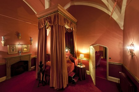 The King James Suite with its 20ft Queen Anne Four Poster Bed | Courtesy of Lumley Castle