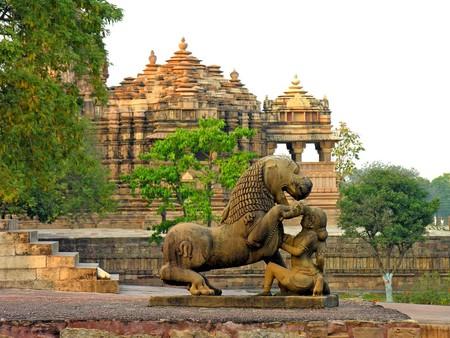 Khajuraho Monuments | © Dennis Jarvis / Flickr