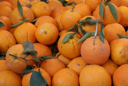 Valencian oranges at the market © Flickr/Victoria Reay