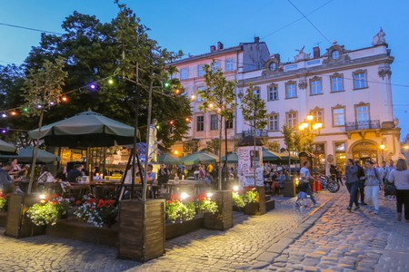 Market Square © Maya Maceka / Flickr