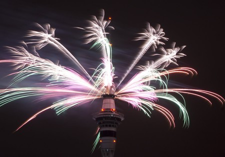 New Year's Fireworks, Auckland, New Zealand   © Louis Tan/Flickr