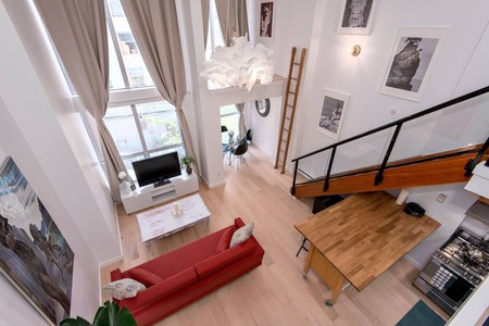The space viewed from the loft | © Anne / Airbnb